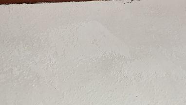 漆喰塗りでひび割れ