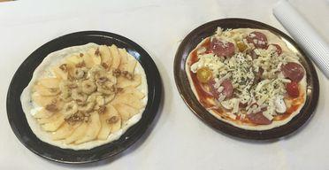 上石津体験ツアーのピザ