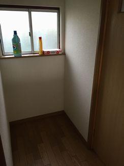 トイレ前の謎スペース