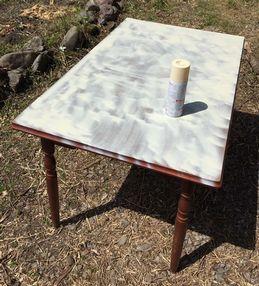 外用テーブルを塗装 (1)